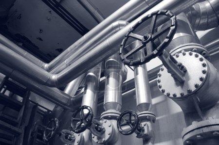 Photo pour Industrie systèmes de gaz et de pétrole industrie tuyaux de pétrole et de gaz, concept énergétique, concept de systèmes industriels - image libre de droit