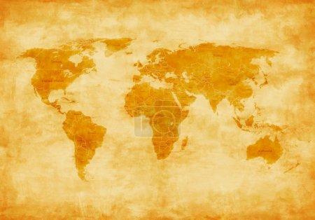 Photo pour Carte du monde à l'ancienne peinte et ruinée depuis le temps - image libre de droit