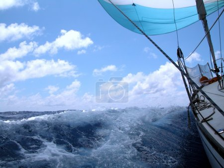 Sailing with good wind