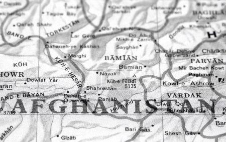 Photo pour Détail de la carte de gros plan noir et blanc de l'afghanistan - image libre de droit