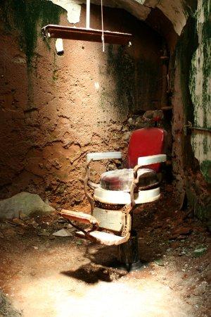 Prison barber chair