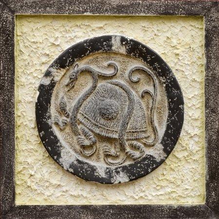 Photo pour C'est la sculpture de pierre religieuse chinoise de tortue . - image libre de droit
