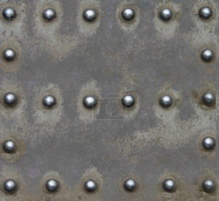 Photo pour Tôle d'acier avec rivets brillants - image libre de droit