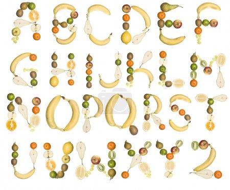 Photo pour Divers fruits formant l'alphabet isolé sur fond blanc - image libre de droit
