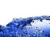 Acqua blu contro bianchi