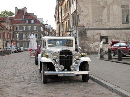 Старинные свадебный автомобиль