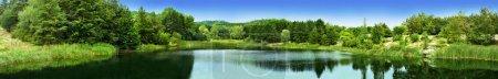 Photo pour Lac de rêve panorama - image libre de droit