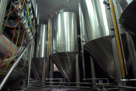 Steel tanks for beer manufacture