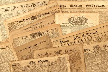 collection de journaux anciens