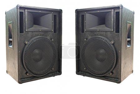 Photo pour Deux vieux haut-parleurs audio concerto sur fond blanc - image libre de droit