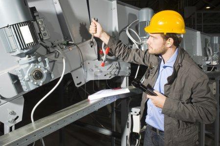 Installation mechanic