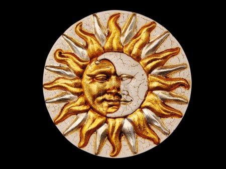 masque, la lune et le soleil