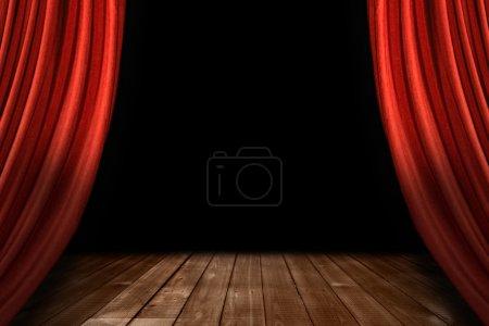 Photo pour Scène de théâtre piquée rideaux avec plancher en bois et fond noir - image libre de droit