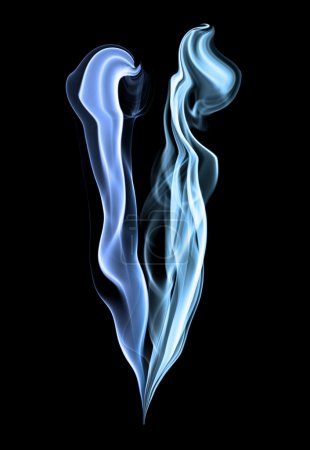 Photo pour Bleu fumée sur fond noir profond - image libre de droit
