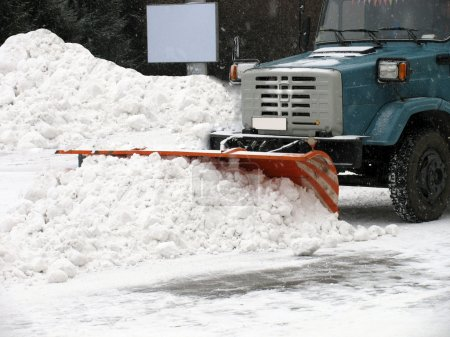 Snow-removal machine