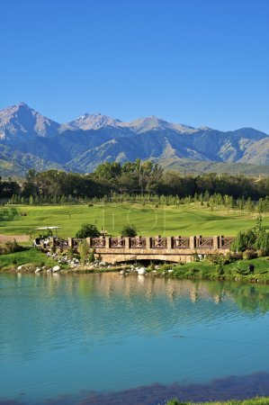Photo pour Matin un paysage un club de golf - image libre de droit