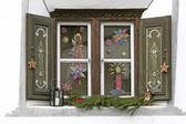 Okno s Vánoční dekorace