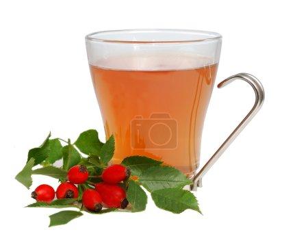 Photo pour Cap de thé avec fléchettes isolé sur fond blanc - image libre de droit