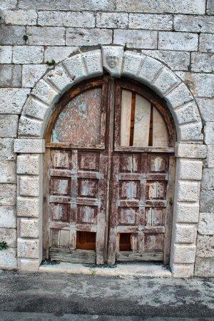 Photo pour Porte ancienne. image HDRI - image libre de droit