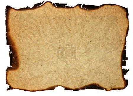 Photo pour Image du papier froissé avec bords brûlés - isolé - image libre de droit