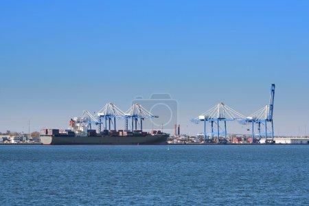 Photo pour Port de Charleston, Caroline du Sud, États-Unis - image libre de droit