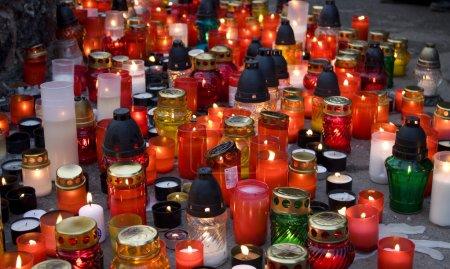 Photo pour Toussaint - jour du souvenir, cimetière - image libre de droit