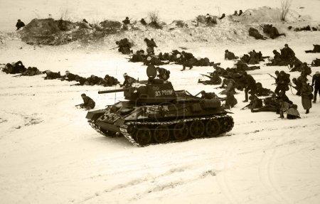 Photo pour Reconstruction de l'opération Iskra (opération Spark), la Seconde Guerre mondiale, 1943. L'opération Iskra était une opération militaire soviétique menée par l'Armée rouge. - image libre de droit