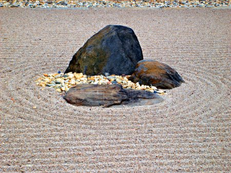 Karesansui - Japanese dry rock garden