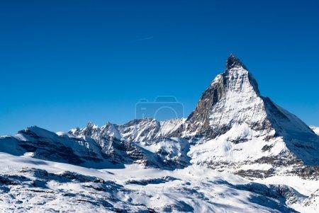 Photo pour Vue sur le Cervin en hiver, Gornergrat, Zermatt, Suisse . - image libre de droit