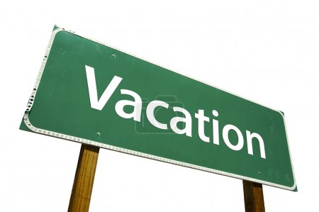Photo pour Panneau de signalisation de vacances vert isolé sur fond blanc avec un tracé de détourage. - image libre de droit