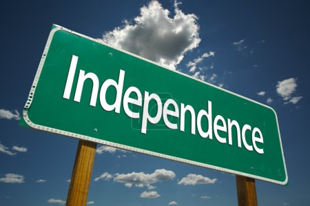 Independence Green Road Sign