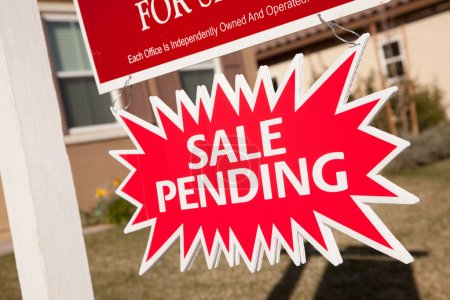 Red Sale Pending Real Estate Burst Sign.