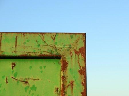 Green metal barrier corner