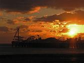 Brighton pier slunce