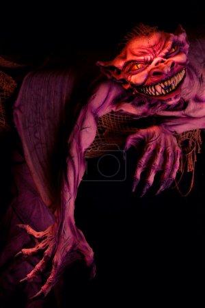 Photo pour Sculpture de monstre effrayant halloween - image libre de droit