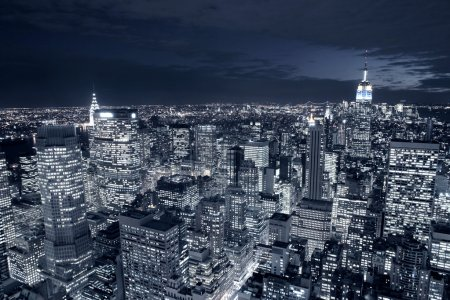Photo pour Vue nocturne de New York - image libre de droit