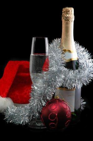 Photo pour Photo de Noël simbols isolés sur noir - image libre de droit